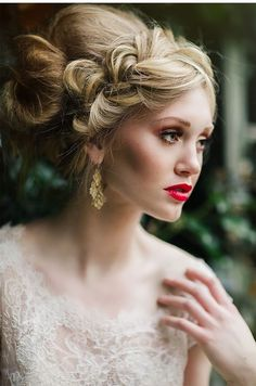 Wedding Hairstyle   :     Picture    Description  Featured Photographer: White Willow Photography    - #Hairstyles https://weddinglande.com/hairstyles/wedding-hairstyle-featured-photographer-white-willow-photography/