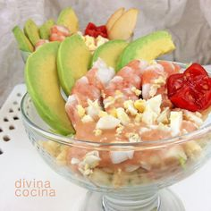 Cocktail aguacate y langostino Avocado Recipes, Salad Recipes, Diet Recipes, Healthy Recipes, Crudite, Spanish Cuisine, Kitchen Dishes, Vegetable Salad, Recipe Images