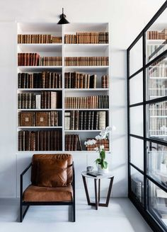 Rare Bookseller's Office Space in Surry Hills /... - Fragments of architecture
