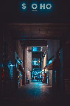 Night street photo by Valery Rabchenyuk (Valerie) on Unsplash Background Wallpaper For Photoshop, Desktop Background Pictures, Studio Background Images, Background Images For Editing, Light Background Images, Neon Wallpaper, Travel Wallpaper, Black Background Photography, Blur Photo Background