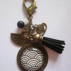 """Bijou de sac """"vagues japonaises"""", cabochon bronze, bijou fantaisie"""