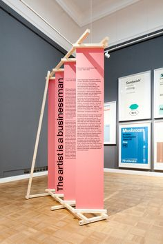 ekthesis Exhibition design for De Nieuwe Smaak at Rijksmuseum Twenthe. By Koehorst in 't Veld What A Exhibition Banners, Exhibition Booth Design, Exhibition Display, Exhibition Space, Exhibit Design, Exhibition Ideas, Font Design, Signage Design, Banner Design