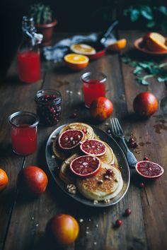 Рецепт приготовления цитрусовых оладьев к завтраку.