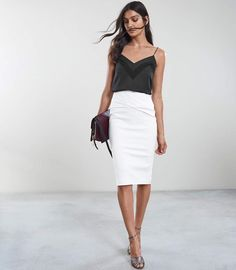 Reiss ICIA PLEAT FRONT JERSEY PENCIL SKIRT Off White Cream Pencil Skirt, Knit Pencil Skirt, Mode Outfits, Trendy Outfits, Fashion Outfits, Fashion Women, Summer Outfits, Jersey Knit Skirt, Pencil Skirt Outfits