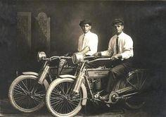 William Harley and Arthur Davidson 1914. [600 423]