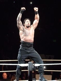 It's Roman Reigns time: Photo Roman Reigns Shirtless, Wwe Roman Reigns, Wwe Reigns, Shirtless Men, Roman Regins, Wwe Superstar Roman Reigns, My Champion, Wwe World, Thing 1