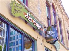 Le Cafe de Paris- French Bistro in the heart of Downtown.  Yes, I like the sign.