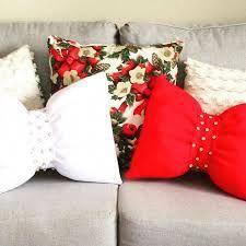 Christmas Picks, Christmas Mood, White Christmas, Holiday, Decor Crafts, Diy And Crafts, Christmas Crafts, Christmas Cushions, Knitted Cushions
