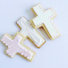 Cross Sugar Cookies @ CupcakesandConfetti.com Instagram & Facebook @cupcakesandconfetti1