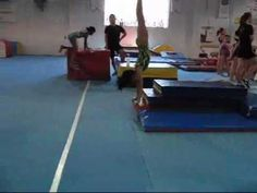 Teaching heal drive and body tension for handspring vaults | Swing Big!
