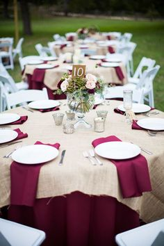 20 Rustic Burlap Wedding Table Decor Ideas maroon and burlap wedding table decor Maroon Wedding, Burgundy Wedding, Fall Wedding, Rustic Wedding, Burgundy Wine, Wedding Table Decorations, Wedding Table Settings, Wedding Centerpieces, Decor Wedding