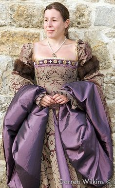Lavender Tudor. I love the turned leave detail. I want to get away with it in my Elizabethan era faire!