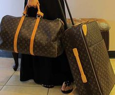 I bought this set about 17 years ago from Louis Vuitton on the 5th Ave in NYC. Duffle bag and Pegase are only LV I own. Over the years of constant use, this set became magical and enchanting. It is a keeper of my secretes as it witnessed my successes and my failures. It accompanied me to Paris, Rome, Moscow, Kuala Lumpur, Singapore…but it also went to a hospital on a day when my son was born. As I travel light, I only carry this set with me.