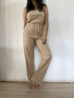 vintage textured jumper color : tan cotton/poly blend tag size : M, fit Each item has a vintage SOL and are authentically handpicked. Items may include slight imperfections as a result of their history, making each piece perfectly unique. All sales final. Cotton Jumper, Cotton Jumpsuit, All Sale, Im Not Perfect, Unique, How To Make, Vintage, Color, Dresses