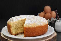 Bizcocho de yogur Yogurt, Vanilla Cake, Bread, Desserts, Gluten, Food, Recipes, Limeade Recipe, Vanilla