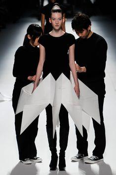 Issey Miyake Fall 2011 Ready-to-Wear Fashion Show - Janka Zachnikova (IMG)