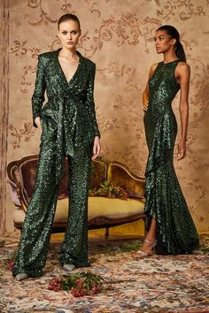 Badgley Mischka Pre-Fall 2020 Fashion Show - Vogue Fashion 2020, Runway Fashion, High Fashion, Fashion Outfits, Paris Fashion, Fashion News, Women's Fashion, Fashion Trends, Haute Couture Style