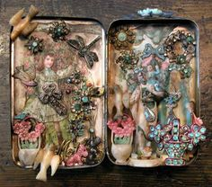 Laurie Beth Zuckerman: LAURIE ZUCKERMAN CREATES MINIATURE FORGET-ME-NOT ALTARS