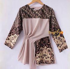 Source by lviarachwalski fashion Frock Fashion, Batik Fashion, Hijab Fashion, Fashion Dresses, Kebaya Dress, Batik Kebaya, Blouse Batik, Batik Dress, Mode Batik