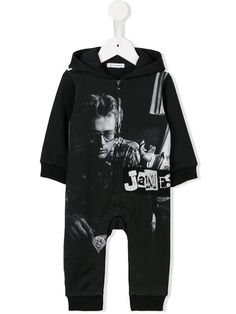 Shop Dolce & Gabbana Kids James Dean romper in Bambini from the world's best independent boutiques at farfetch.com. Shop 400 boutiques at one address.