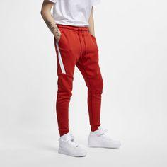 Nike Sportswear Tech Fleece Men's Joggers Size S (Mystic Red) Red Joggers, Fleece Joggers, Red Pants, Nike Tech Fleece, Vintage Fashion 1950s, Victorian Fashion, Tall Pants, How To Wear Scarves, Nike Sportswear