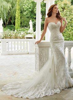 Sophia Tolli Spring 2017 Strapless fit and flare Wedding Dress | itakeyou.co.uk #weddingdress #weddingdresses #bridalgown #weddinggown #weddinggowns #bridalgown #bride