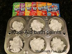 Momma's Fun World: Scented kool-aid bath paints