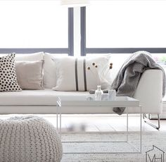 Of Scandinavian flavours. @suvim_valkoinenharmaja | #inspiration #interior #interiordecor #interiordesign #livingroom #scandi #scandihome #scandinavian #scandinavianhome #interior123 #Repost @simply_white_living