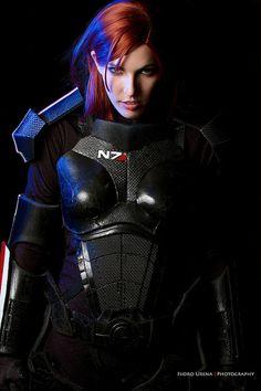 Fem Shepard cosplay, Mass Effect.
