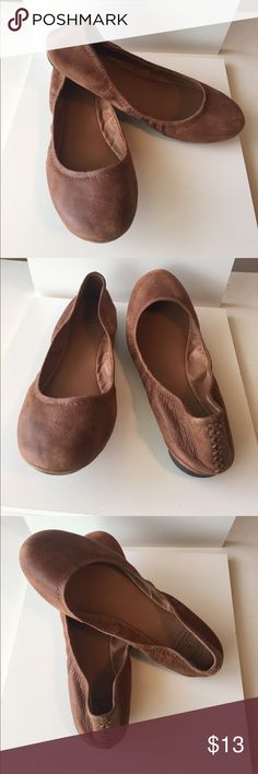 Lucky brand flats! Good condition lucky flats!  With the work leather look and has a cute stitching up the heel! Lucky Brand Shoes Flats & Loafers