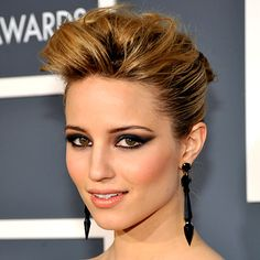 Dianna Agron grammy award look. Exaggerated cat eye and peach lip.