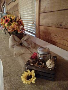 Wood box with jars