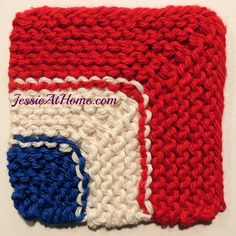 Evens and Odds Mitered Coaster ~ Free #Knit Pattern by @jessieathome