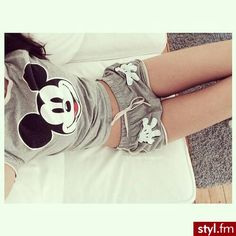 Mickey Mouse Print Short Sleeve Two-Piece Suit Lazy Day Outfits, Cool Outfits, Summer Outfits, Cute Pjs, Cute Pajamas, Pyjama Disney, Mode Lolita, Pijamas Women, Jolie Lingerie