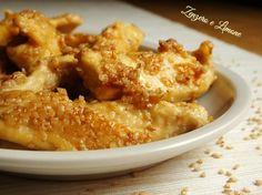 I petti di pollo al sesamo sono un secondo piatto molto appetitoso. Semplicissimi e velocissimi da preparare, sono perfetti quando si ha poco tempo.