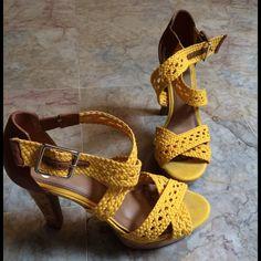 Gianni Bini heels(new) Gianni Bini platform heels size 9 Gianni Bini Shoes Heels