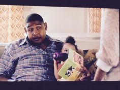 My book Peek-a-Boo Farm made a special appearance on the HBO show @ballershbo last night!  #picturebook kidlit #boardbooks #peekaboofarm #joycewan