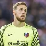 Jan Oblak Interest Reportedly Upped by Manchester United Amid David De Gea Talk Thibaut Courtois, Goalkeeper, Manchester United, Madrid, The Unit, Baseball Cards, Sports, Stuff To Buy, Goaltender