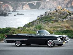 Chrysler 300F convertible 1960 - source Palm Springs Automobilist. Chrysler Voyager, Chrysler 300c, Chrysler Cars, Convertible, Rolls Royce, Palm Springs, Bugatti Auto, Vintage Cars, Antique Cars