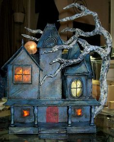 cardboard haunted houses - Google Search Halloween Haunted Houses, Halloween House, Spooky Halloween, Holidays Halloween, Halloween Decorations, House Decorations, Halloween Party, Halloween Arts And Crafts, Halloween Projects