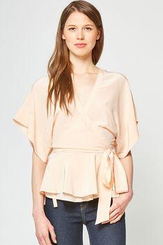 Lady-like and lovely :) Yumi Kim That's A Wrap Kimono Top | YUMIKIM.COM