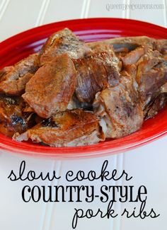 Crockpot Country-Style Pork Ribs Country-style pork ribs are one of the most frugal meats you can buy. This Slow Cooker Country-Style Pork Rib recipe is simple and so easy. It's a fantastically simple base recipe that you can add to or serve. Crock Pot Slow Cooker, Crock Pot Cooking, Slow Cooker Recipes, Crockpot Recipes, Pork Rib Recipes, Meat Recipes, Cooking Recipes, Dinner Recipes, Pork