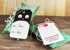 Kartenwind: weihnachtliche Pillowboxen Geschenkverpackungen mit süßen Geschenkanhängern   Tags von danipeuss.de