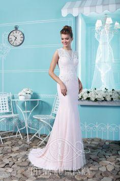 Еще одно умопомрачительное платье от дизайнера Iryna Kotapska.  Новая коллекция, новые модели, новое восхищение!😍😍 www.kotapska.com