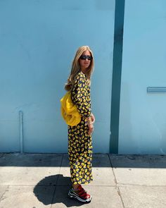 Sundress and sun flowers 🌞 Yellow Print, Street Look, Girl Model, I Dress, Love Fashion, Fashion Ideas, Outfit Of The Day, What To Wear, Style Inspiration