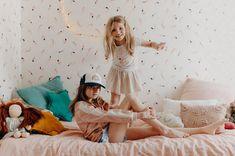 Sunday Grenadine - Page 3 sur 22 - Le blogzine lifestyle de toute la Famille Peinture Little Greene, Girly, Toddler Bed, Furniture, Sunday, Lifestyle, Home Decor, Bedroom Dressing Table, Girl Room