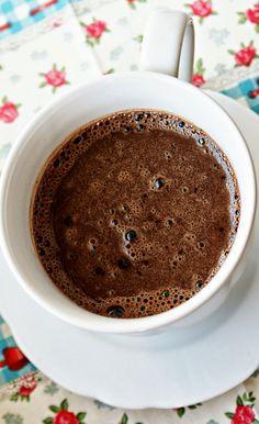 Kulinarne Inspiracje: Prawdziwa gorąca czekolada - domowa mieszanka!