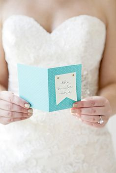 If you are writing and reading your own vows during your ceremony, you need to make one of these darling wedding vow notebooks!