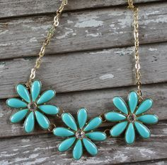 Giddy Up Glamour  Three Mint and Gold Flower Necklace  $16.95