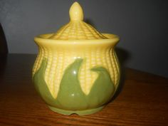 1946 SHAWNEE Pottery King CORN Sugar Bowl with Lid You can Buy this in my Etsy store by GypsySeller click the image or link for more info. Mccoy Pottery, Pottery Art, Ceramic Pottery, Vintage Vases, Vintage Pottery, Corn Dishes, Shawnee Pottery, Stoneware Dinnerware, Veggie Tales
